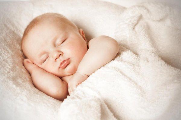 Những điều nên làm trước khi ngủ để có da đẹp