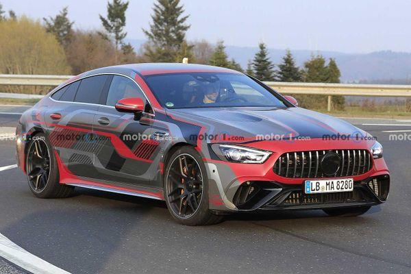 Siêu xe hybrid mới của Mercedes-AMG lộ ảnh chạy thử