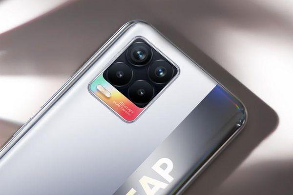 Realme 8 với RAM 8 GB, pin 5.000 mAh, sạc 30W, giá hơn 7 triệu tại Việt Nam