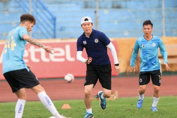 Hà Nội FC và Sài Gòn FC lại 'chạy theo' lịch đá AFC Cup 2021