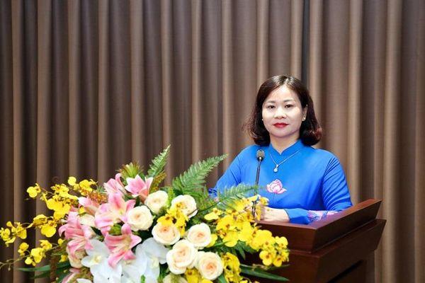 Phó Bí thư Thường trực Thành ủy Nguyễn Thị Tuyến ứng cử đại biểu HĐND TP khóa XVI tại huyện Chương Mỹ