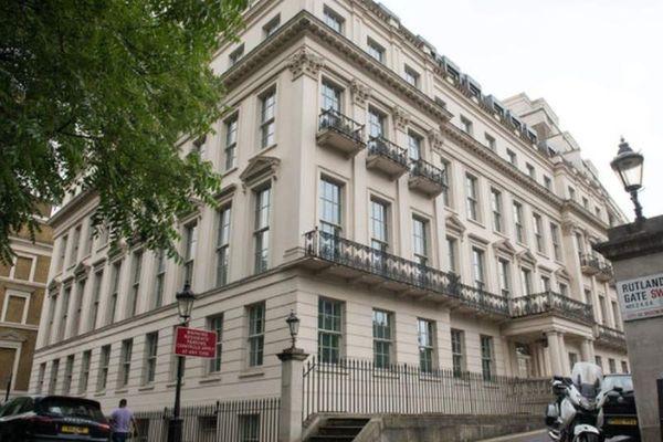 Bên trong dinh thự đắt nhất London của tỷ phú Hong Kong