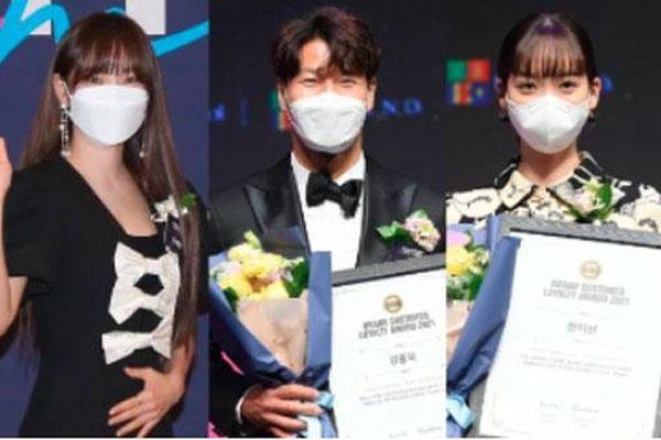 Kim Jong Kook xuất hiện giữa lúc Lee Kwang Soo tuyên bố rời Running Man, 2 'rich kid Penthouse' xinh xỉu bất chấp khẩu trang