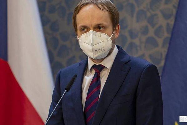 Lời nói và Hành động: Phương Tây không ủng hộ Séc trong xung đột với Nga