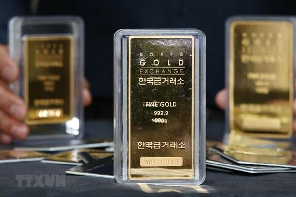 Giá vàng châu Á chiều 28/4 xuống mức thấp nhất của một tuần