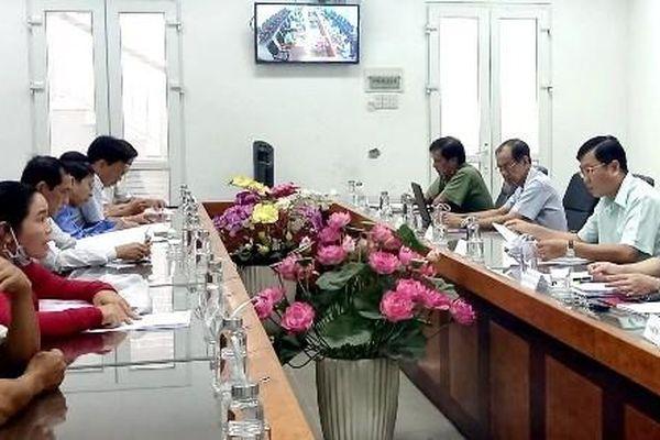 Phó Chủ tịch UBND tỉnh Trần Trí Quang đối thoại công dân
