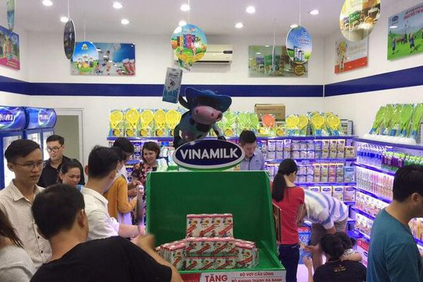 Quỹ ngoại đua gom cổ phần Vinamilk bất thành