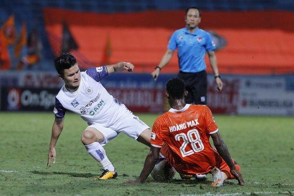 Lần đầu tiên, Hà Nội FC sẽ 'văng' khỏi top 3 V-League kể từ năm 2010?