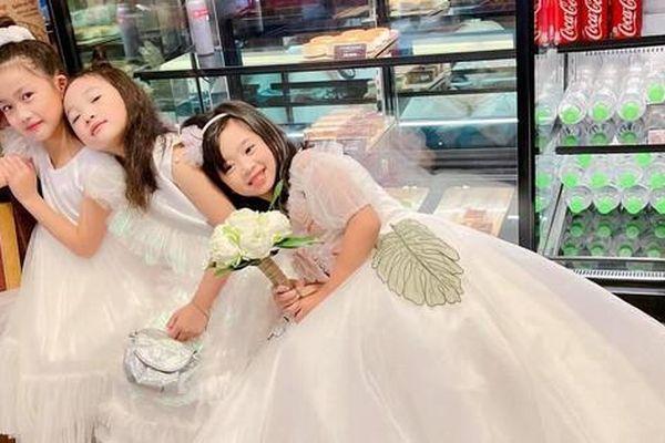 Showbiz 29/4: Con gái Mai Phương xuất hiện cùng Ốc Thanh Vân gây 'sốt'