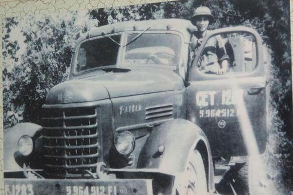 Lời kể của người lái chiếc xe vận tải đầu tiên vào Dinh Độc Lập ngày 30/4/1975