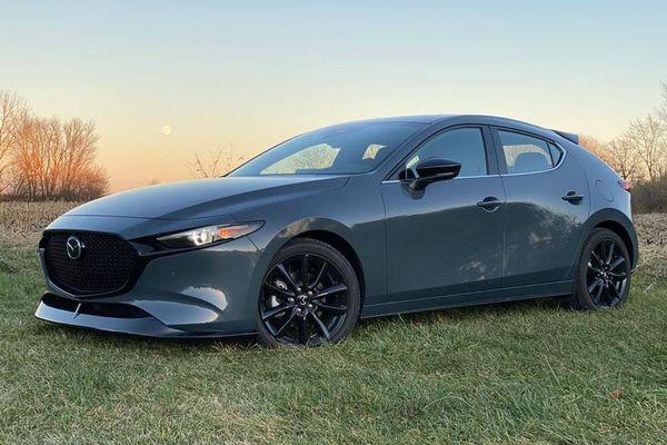 Top 10 ôtô cỡ nhỏ an toàn nhất năm 2021: Mazda3 xếp thứ 2