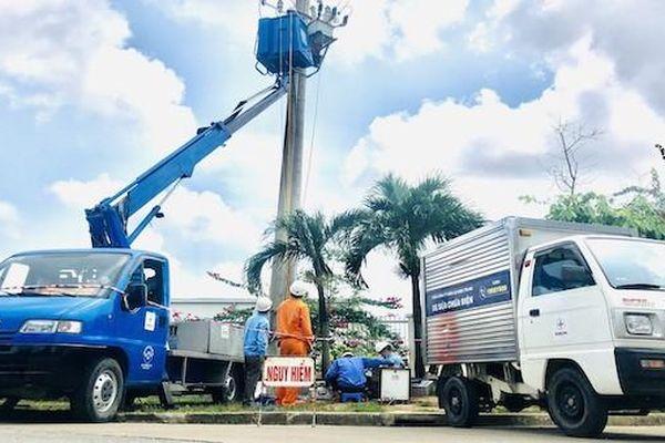 Tận dụng thời gian nghỉ lễ, PC Thừa Thiên Huế 'tổng lực' bảo dưỡng lưới điện tại khu công nghiệp trọng điểm