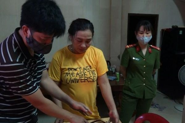 Quảng Bình: Bắt tú bà cầm đầu tụ điểm mại dâm gây nhức nhối