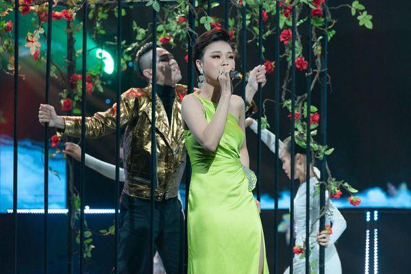 Ngọc Ánh xúc động khi Thái Bảo hát chạm thẳng vào tim mình
