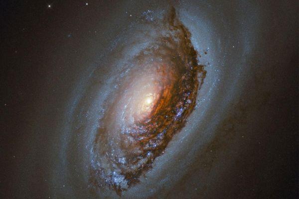 Loạt ảnh ấn tượng về vũ trụ đầu năm 2021