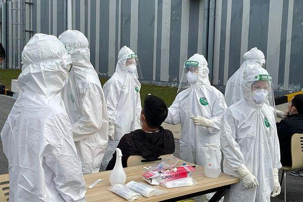 Chiều 1-5: Việt Nam ghi nhận 11 ca nhập cảnh, ba ca cộng đồng