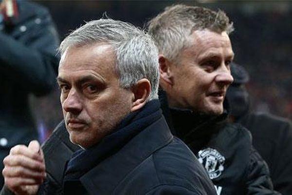 Cùng 144 trận dẫn dắt MU: Mourinho 3 danh hiệu, Solskjaer vẫn trắng tay