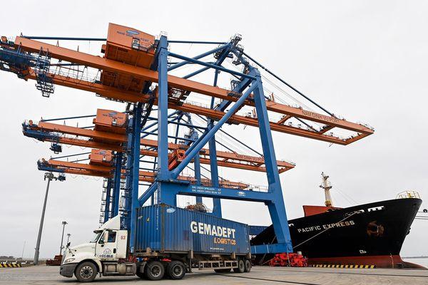 Trung Quốc là 'bạn hàng' Việt Nam nhập khẩu nhiều nhất