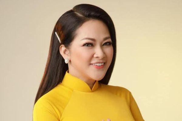 Nhan sắc tuổi 51 của ca sĩ hải ngoại Như Quỳnh