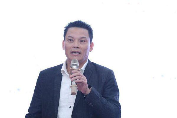 Đạo diễn Lê Quý Dương: 'Sân khấu nườm nượp hợp đồng chưa chắc đã chuẩn mực'