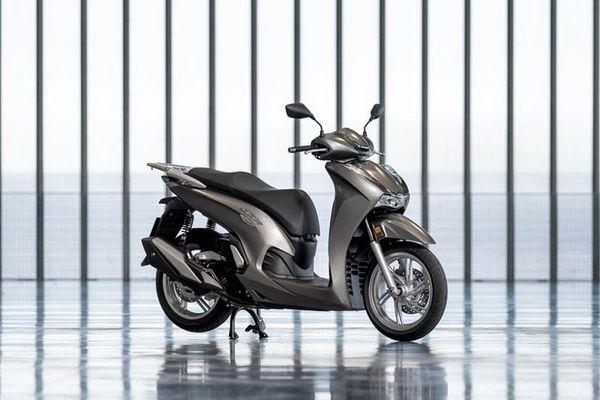 Honda SH 350i 2021 nhập khẩu tư nhân, giá 380 triệu đồng tại Việt Nam