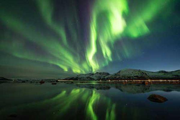 Ngắm Bắc cực quang kỳ ảo từ khách sạn 'ngàn sao' ở Na Uy