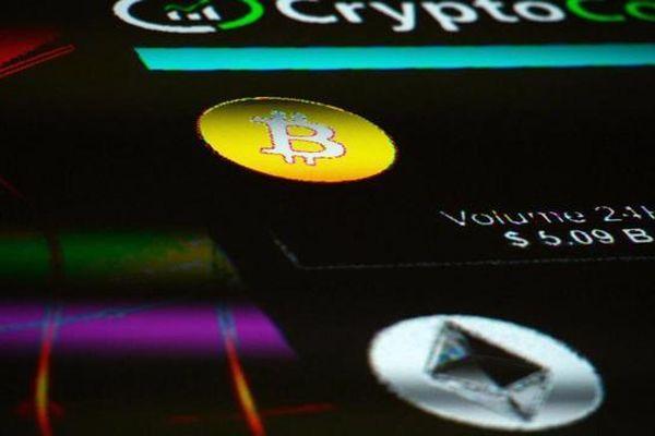 Bitcoin giảm dần thế thống trị, tiền ảo Ether lên ngôi?