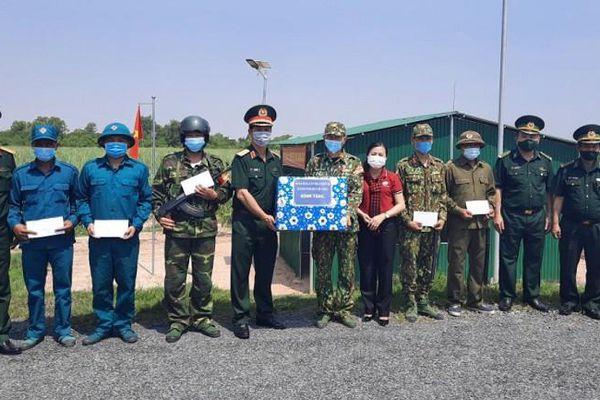 TP.HCM thăm lực lượng phòng chống dịch tại biên giới Tây Ninh