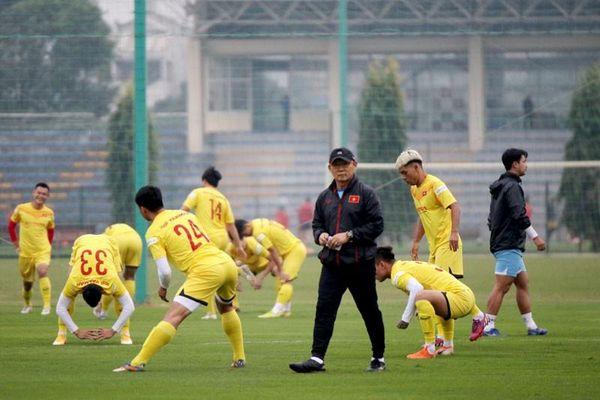 35 tuyển thủ Việt Nam không tập trung ở Quy Nhơn