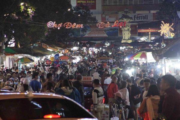 Lượng du khách đến Đà Lạt dịp lễ 30/4 tăng 180%