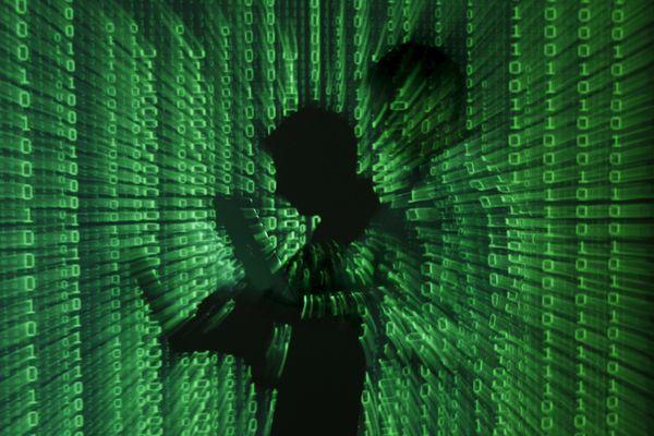 Đức triệt phá trang web khổng lồ về ảnh xâm hại trẻ em