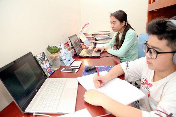Trường học Hà Nội sẵn sàng dạy trực tuyến