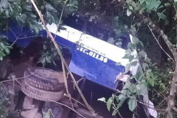 Quảng Ninh: Xe tải mất lái khiến 1 người thiệt mạng