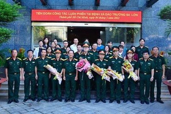 Bác sĩ Bệnh viện Quân y 175 lên đường thực hiện nhiệm vụ tại huyện đảo Trường Sa