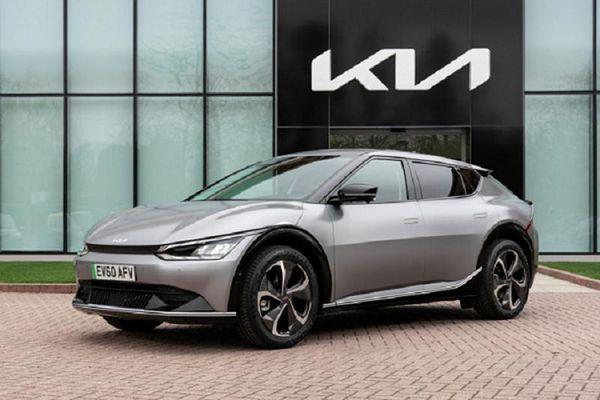 Kia EV6 2022 chạy điện báo giá từ 1,3 tỷ đồng tại Anh
