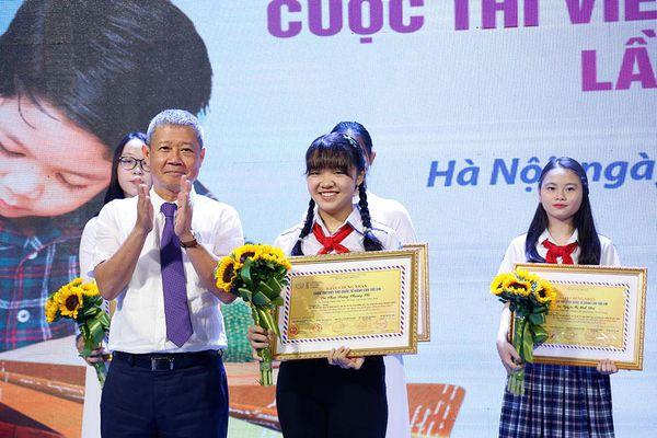 Học sinh Hà Nội giành giải Nhất thi viết thư UPU về Covid-19