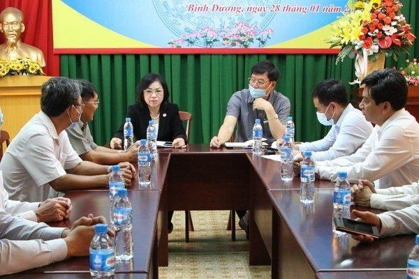 Lãnh đạo hội Luật gia Việt Nam làm việc với hội Luật gia tỉnh Bình Dương