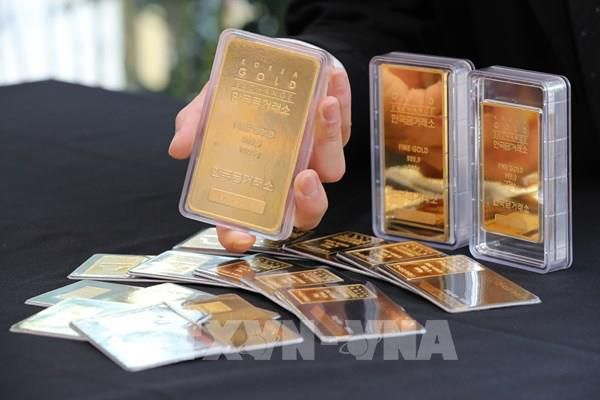 Giá vàng châu Á phiên 4/5 rời khỏi mức cao nhất trong hơn 2 tháng
