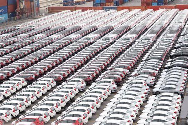 Người Việt chi hơn 1,1 tỷ USD nhập khẩu ô tô 4 tháng đầu năm