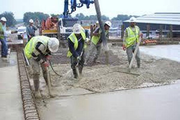 Bàn về bảo dưỡng bê tông tự lèn trong xây dựng ở Việt Nam