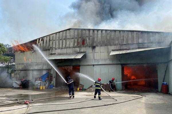Bình Dương: 3 vụ cháy xảy ra trong 24 giờ