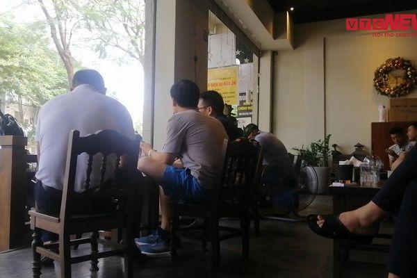 Nhiều hàng quán không chấp hành quy định phòng dịch COVID-19 ở Hà Nội