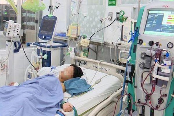 6 trẻ nhập viện, 1 bé tử vong nghi do ngộ độc