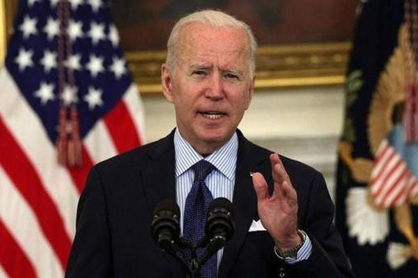 Biden đề xuất miễn phí 17 năm học, lấy tiền doanh nghiệp và 'nhà giàu' để bù đắp