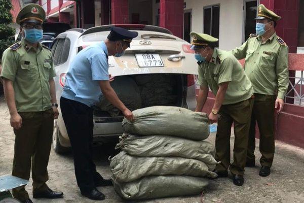 Cao Bằng: Thu giữ 579kg nguyên liệu thuốc lá không rõ nguồn gốc xuất xứ