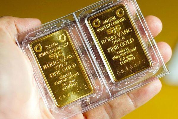Giá vàng hôm nay 5/5: Chịu sức ép của đồng USD, vàng lao dốc