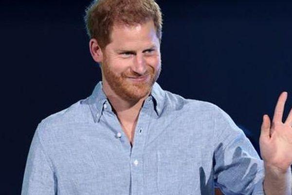 Hoàng tử Harry bị chỉ trích 'đạo đức giả' sau phát biểu tại concert