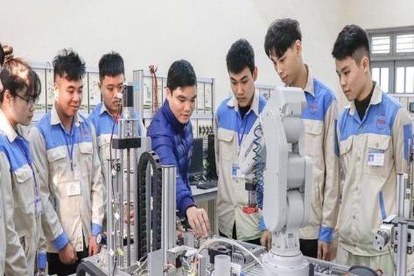 Trường Cao đẳng Cơ điện Phú Thọ tuyển sinh năm 2021