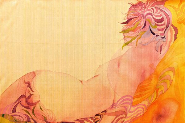 Triển lãm 'Hương lụa': Những tự sự của phái đẹp trên bề mặt óng ả