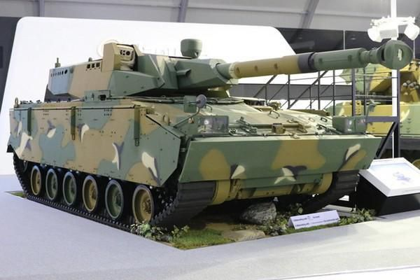 Lộ diện đối thủ lớn có thể đánh bật xe tăng Sprut-SMD Nga khỏi Ấn Độ